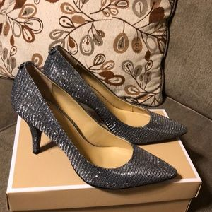 Sparkling pumps